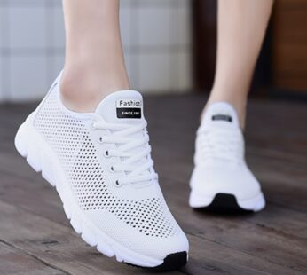 New Mesh Breathable Women Lightweight Sports Shoes